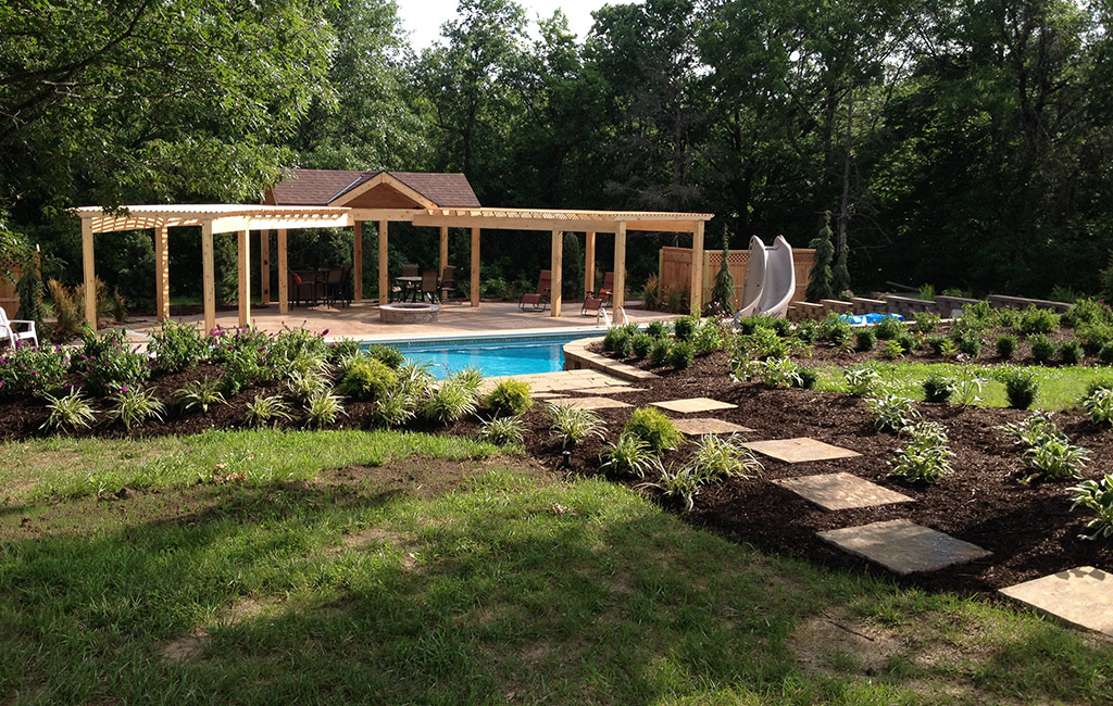 Landscape design build in kansas city supreme green for Landscape design build